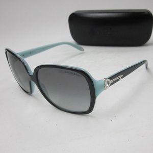 edd2b570f14d Coach Accessories | Hc 7013b 906017 Womans Sunglassesolg712 | Poshmark